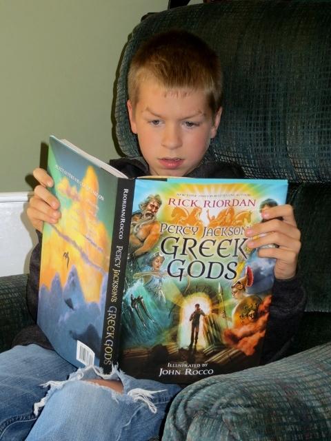 Andrew reading 2014-09-19 001 (480x640)